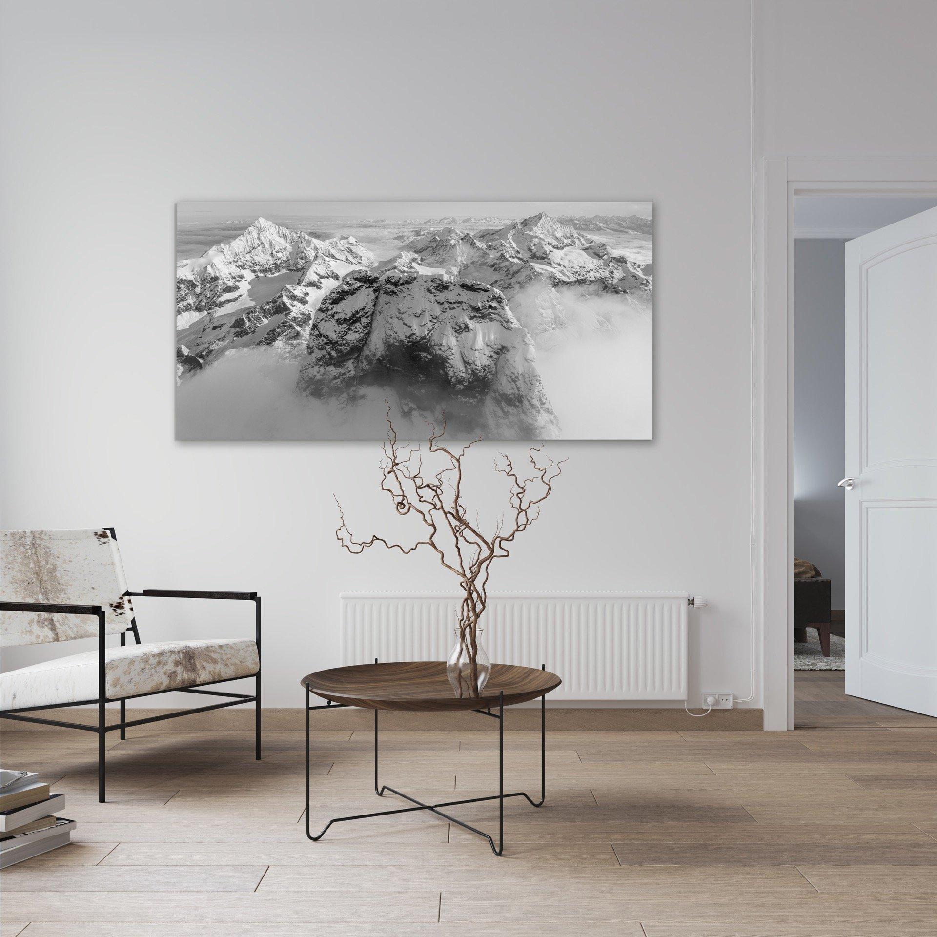 Salon avec tableau de montagne