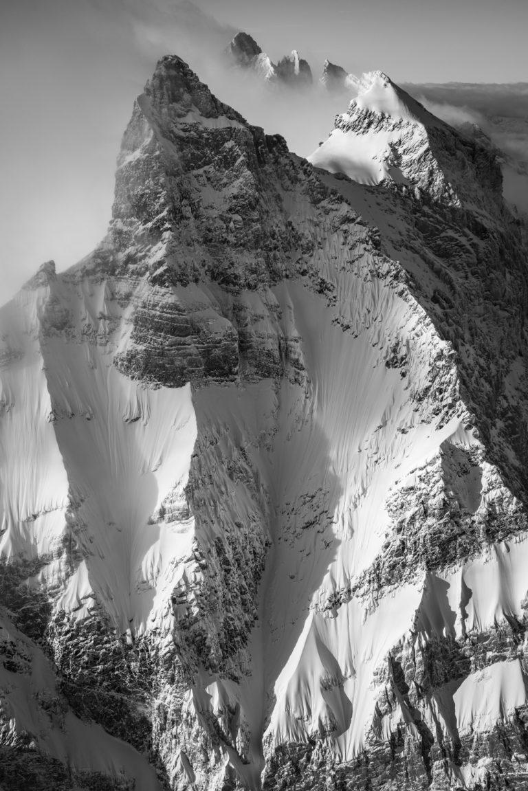 7 Peaks - photos montagnes suisses et des Hautes Alpes Vaudoises en noir et blanc