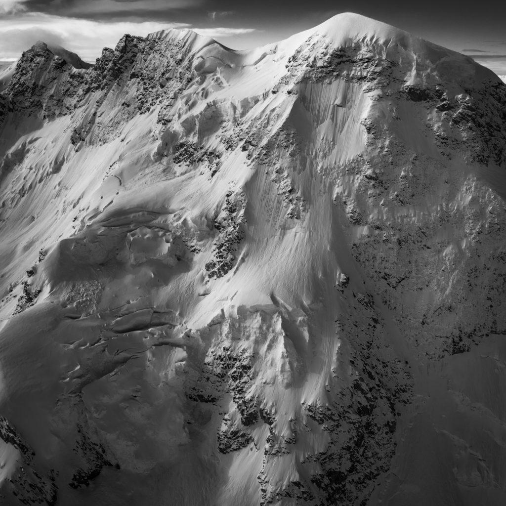 Breithorn - images montagnes alpes de Zermatt en noir et blanc