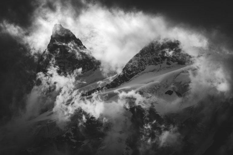 image de montagne vallée de Zermatt- Crête Sud et Pointe Nord de Moming