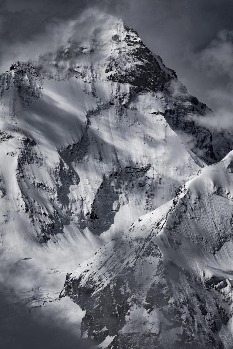Photo Dent blanche mont enneigé dans les Alpes