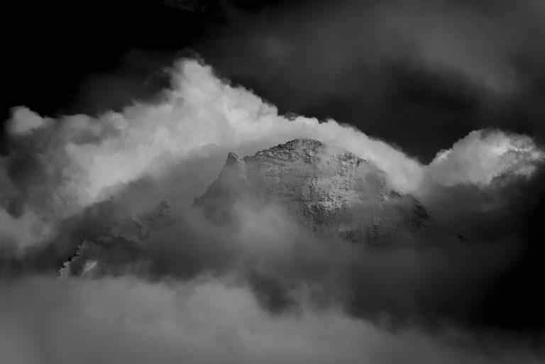 Val d'hérens - photo de montagne dent d'Hérens