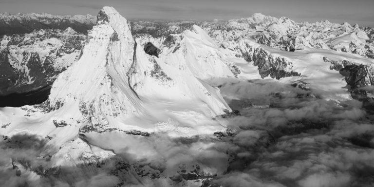 Panoramic mont blanc - tableau photo d'un paysage de montagne du Cervin au Mont-Blanc