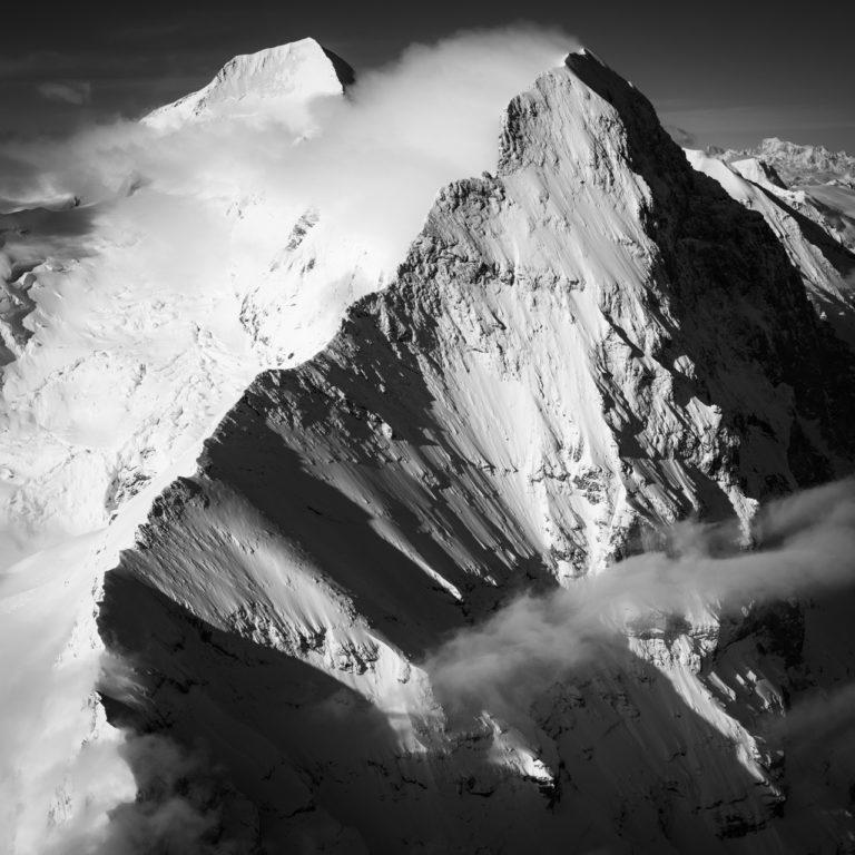 Photo Eiger Mittellegi montagne noir et blanc hiver