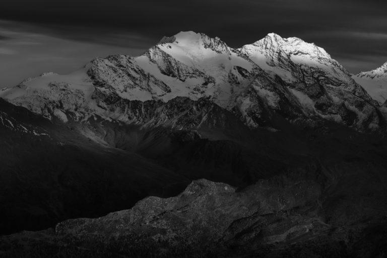 Photo vallée de Saas-Fee - Image montagne Valais Suisse Alpes - Fletschhorn - Lagginhorn
