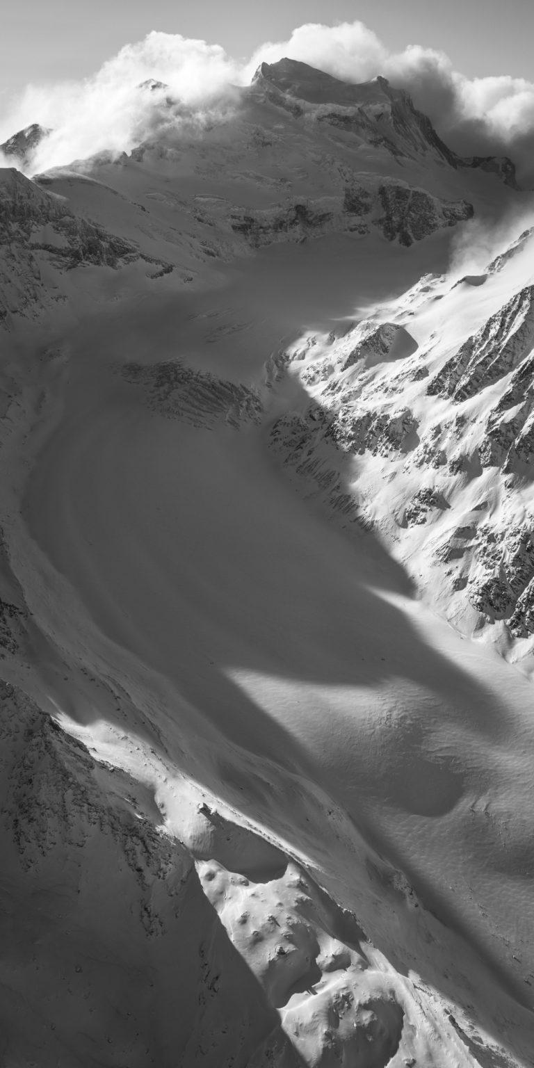 Glacier de Corbassière - photo de montagne noir et blanc a imprimer