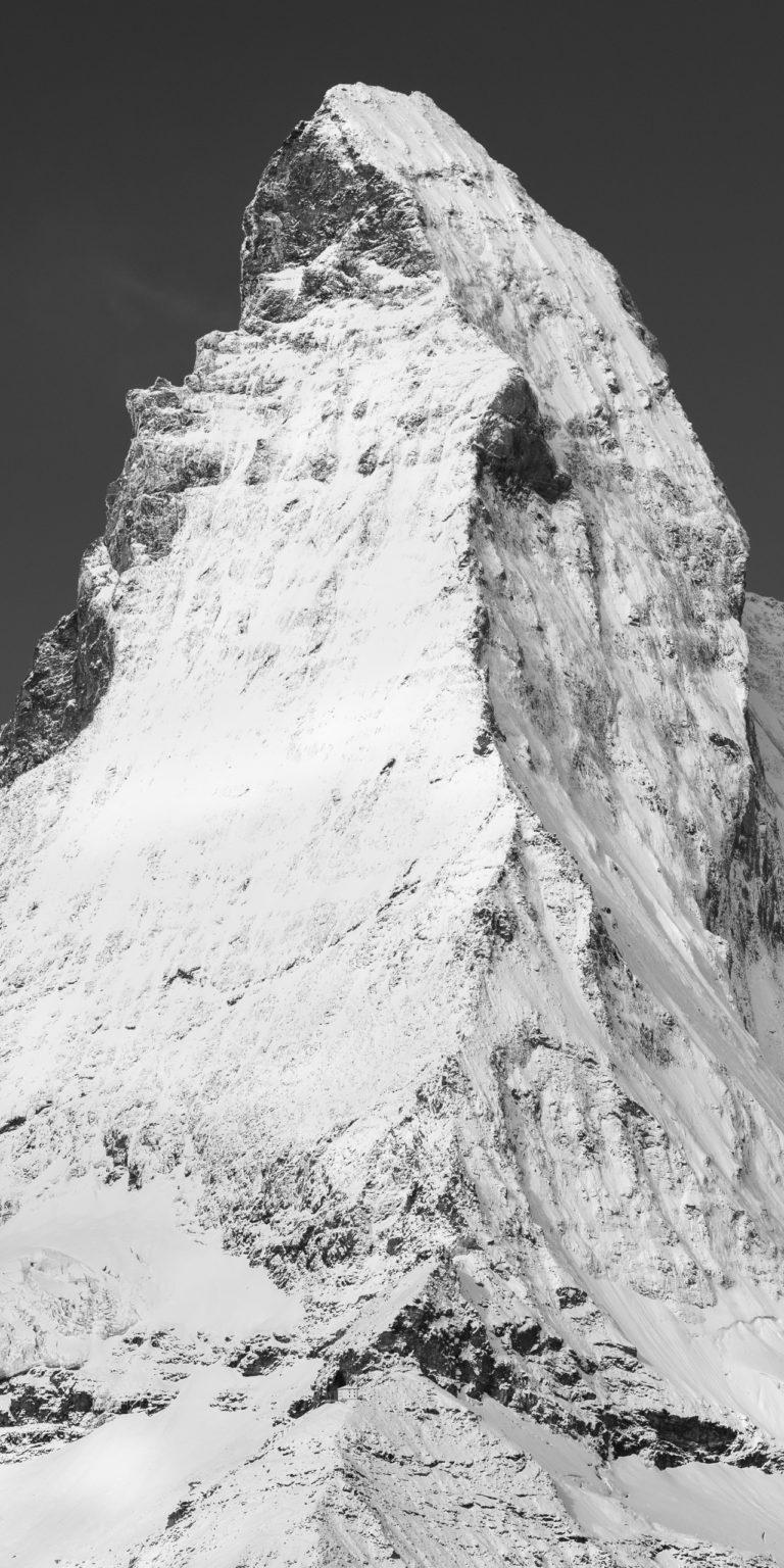 Arrete de Hornli - Cervin - portrait panoramique du pic et du sommet d'une montagne dans les Alpes Suisses