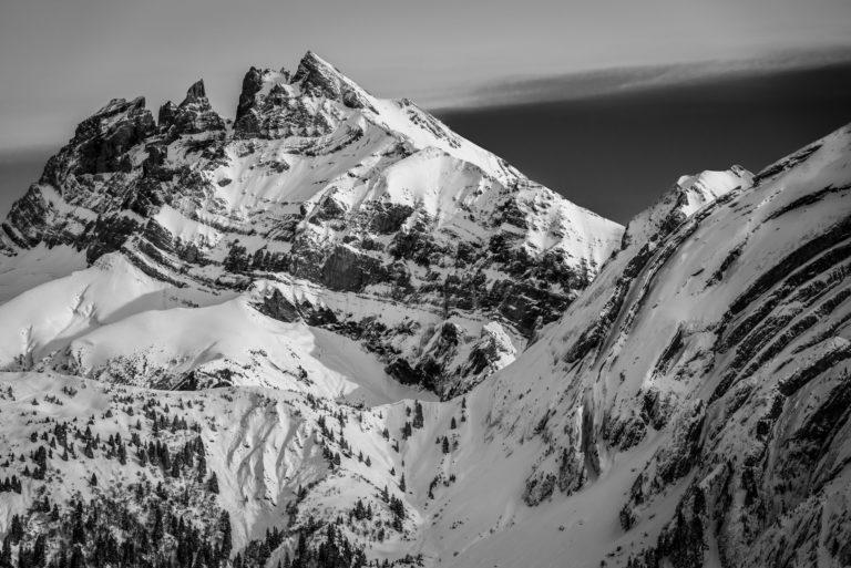 Photo dents du midi noir et blanc - image paysage montagne