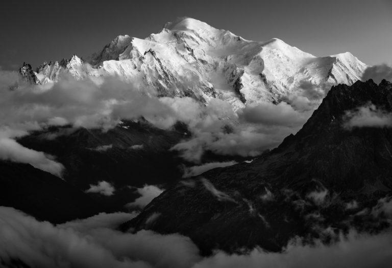 Photo montagne massif du Mont Blanc -photo du mont blanc - Aiguilles de Chamonix