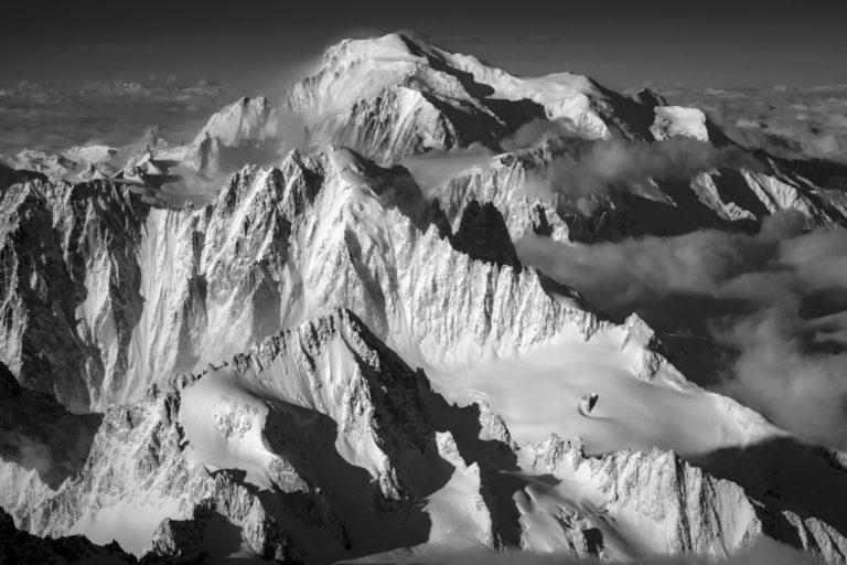 photo Massif du Mont-Blanc en noir et Blanc - Image mont blanc Chamonix