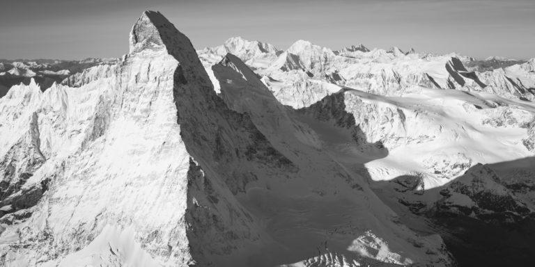 montagne panorama matterhorn - vue panoramique montagne Alpes Suisses