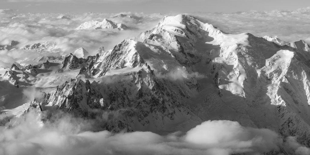 photo panoramique massif mont-blanc aiguille du midi