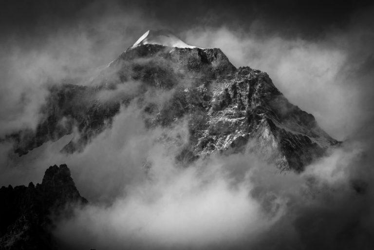 Zermatt vallée - Col des alpes suisses- Wellenkupe
