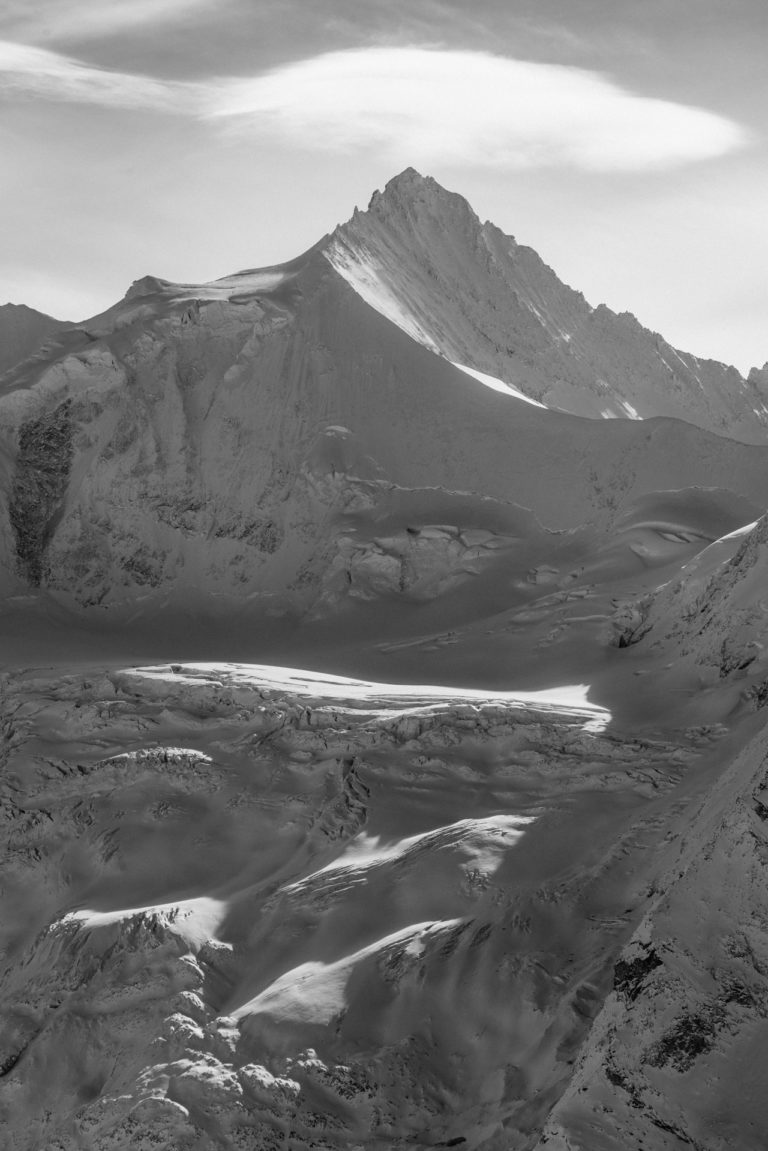 Zinalrothorn - photo montagne noir et blanc Val d'Anniviers