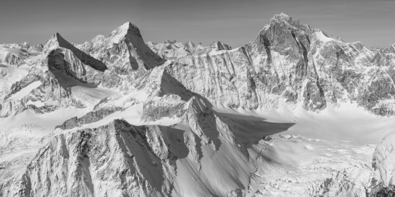 Black and white Panoramic mountain pictures - Moutain panorama of Zinalrothorn, Obergabelhorn and Dent Blanche